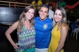Fernanda Dias, Fernando Gertrudes e Barbara Farias_Foto_Rômulo Juracy