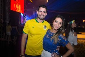 Vinicius  Nogueira e Karen Bonfim_Foto_Rômulo Juracy