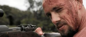 Rafael Cardoso raspa cabeça e lixa dente da frente para viver psicopata em série