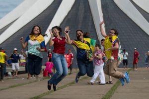 TURISTAS-EM-BRASILIA-20140618_0013